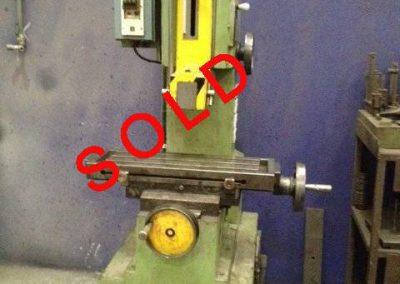 Slotting machine Urpe-M200