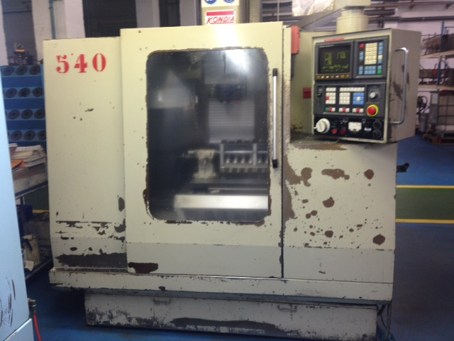 Centro de mecanizado vertical KONDIA B 500