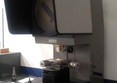 Profile projector  MITUTOYO PJ-300